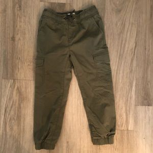 Old Navy Bottoms - Boys lightweight cargo joggers EUC
